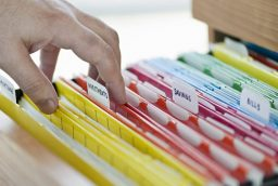 Avantaje ale serviciilor de arhivare