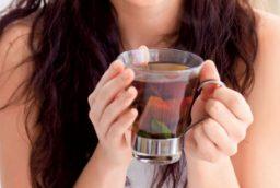 Beneficiile ceaiului de bitter suedez