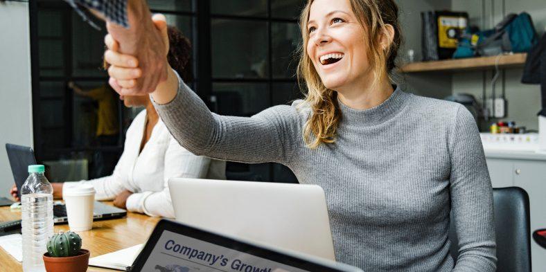 Care sunt cateva dintre beneficiile de a fi antreprenor?