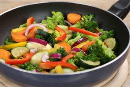 Ce legume sunt mai bune gatite decat crude?