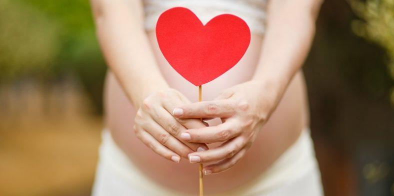 Cum să vă îngrijiți dinții în perioada sarcinii