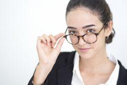 Cum sa iti alegi ochelarii potriviti?