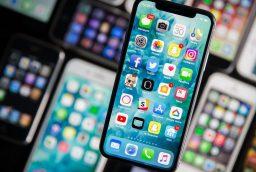 De ce accesorii are nevoie iPhone X?