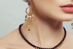 De ce este indicat sa purtati bijuterii din aur?