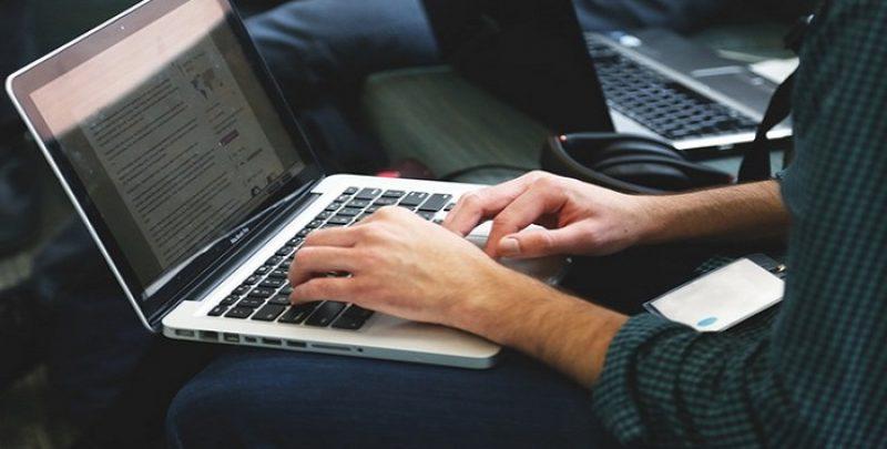 Detalii importante de stiut atunci cand cumperi un laptop second hand